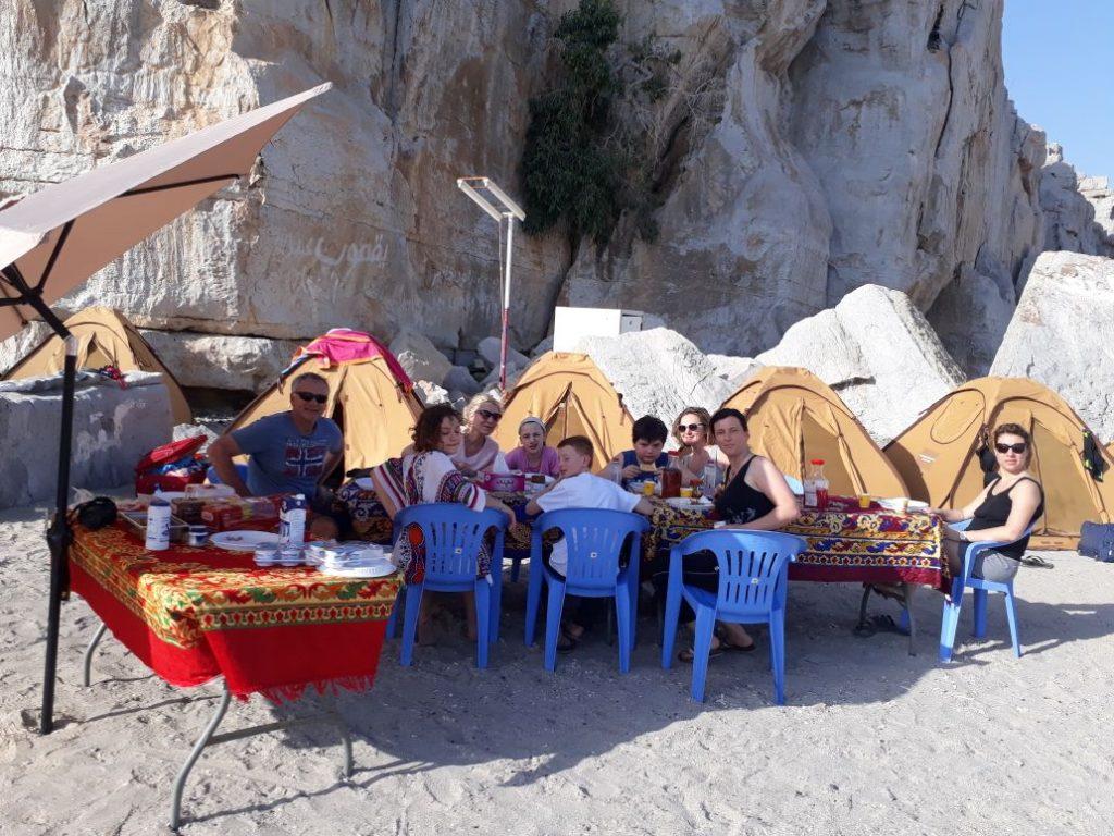 Campeggio in spiaggia di notte Khasab Musandam Crociere-12