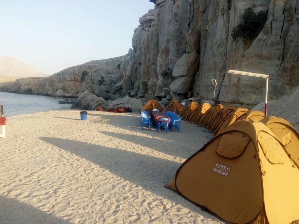 Campeggio in spiaggia di notte Khasab Musandam Crociere-3