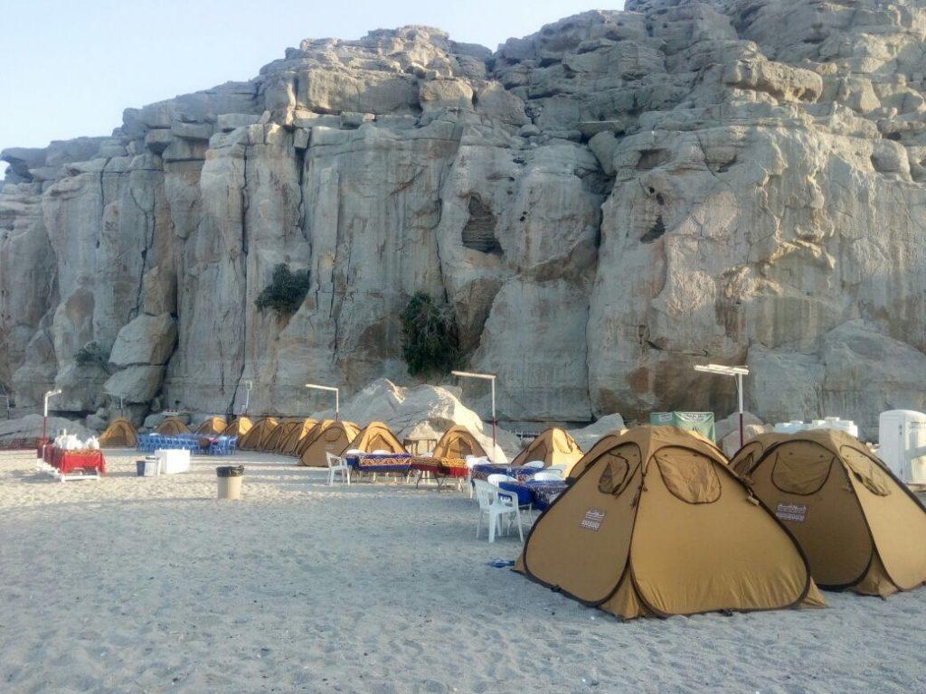 Campeggio in spiaggia di notte Khasab Musandam Crociere-6