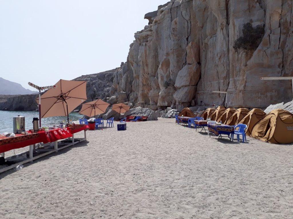 Campeggio-in-spiaggia-di-notte-Khasab-Musandam-Crociere-9